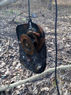 знахідки на пошуковий магніт - риболовна катушка