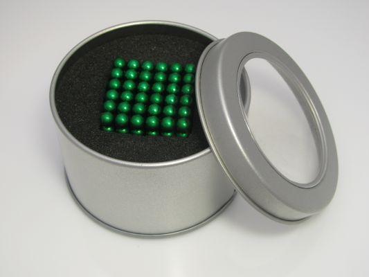 Неокуб Зеленый в жестяной коробочке