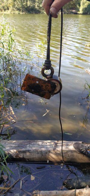 магнитна рибалка на пошуковий магніт - металева деталь