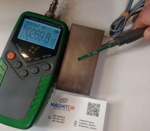 100-50-20-mm-magnet-with-teslametr