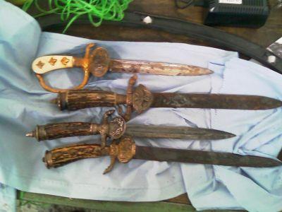 ножі, знайдені магнітом 3