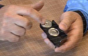 магнитное крепление для магазинов оружия